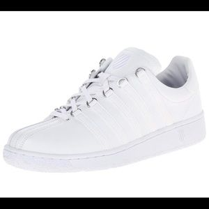 K Swiss Men's Classic VN Fashion Sneaker